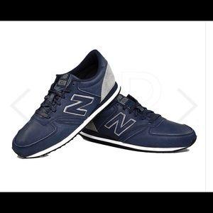 NWOT New Balance Classic 420 • size 8